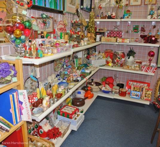 Booth 30 Christmas 7-imp